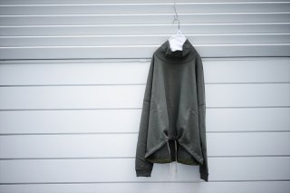 O Project オープロジェクト Wide Fit Neck Sweat/Swamp(Khaki)