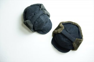 comesandgoesカムズアンドゴーズ Melton Ear Cap/Charcoal/Black/