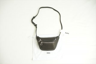 <img class='new_mark_img1' src='https://img.shop-pro.jp/img/new/icons60.gif' style='border:none;display:inline;margin:0px;padding:0px;width:auto;' />Aeta(アエタ) WAIST POUCH S/Black