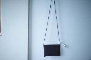 Aeta アエタ FLAT SHOULDER S/Black