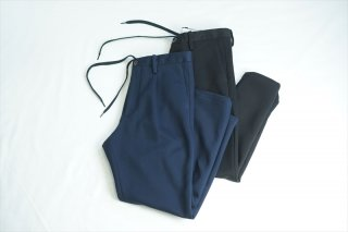 UNIVERSAL PRODUCTS (ユニバーサルプロダクツ)Sweat Tapered Easy Slacks/Navy/Black