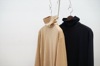 Graphpaper(グラフペーパー)Washable Wool Hi-Neck Tee