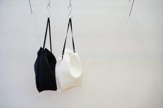 UNIVERSAL PRODUCTS(ユニバーサルプロダクツ)×ZEPTEPI(ゼプテピ)Shoulder Bag/White/Black
