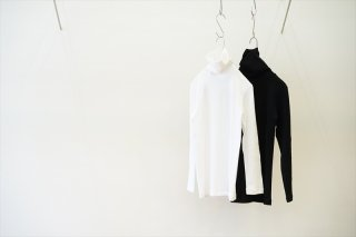 Graphpaper(グラフペーパー)for women Circular Rib Turtle Neck Tee