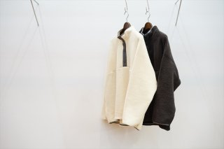 Graphpaper(グラフペーパー)Wool Boa High Neck Pull Over/White/Gray