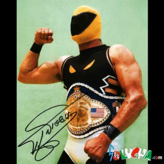 Tinieblas Autographed Photo / ティニエブラス サイン入ブロマイド