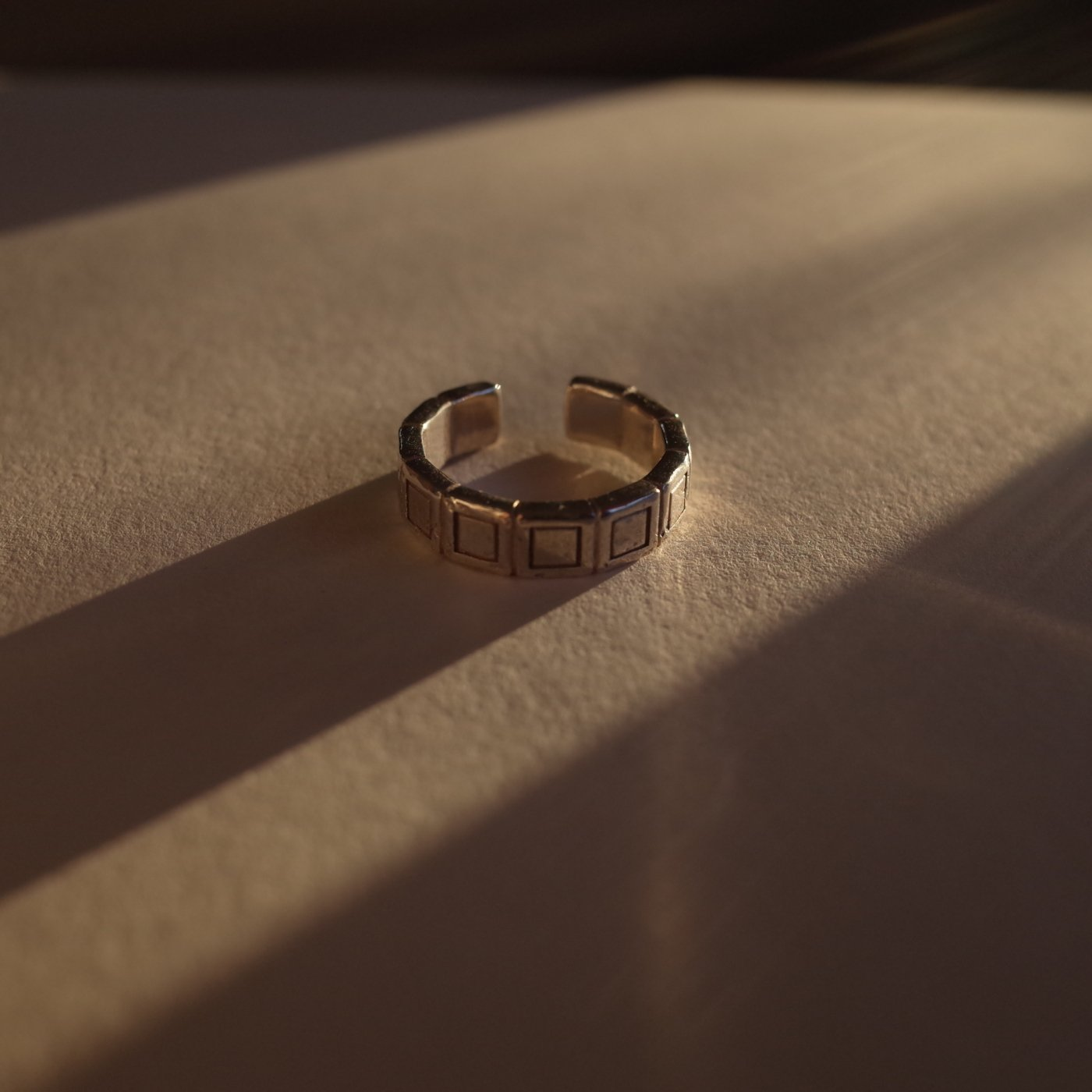 R.ALAGAN-SMALL TILE RING-