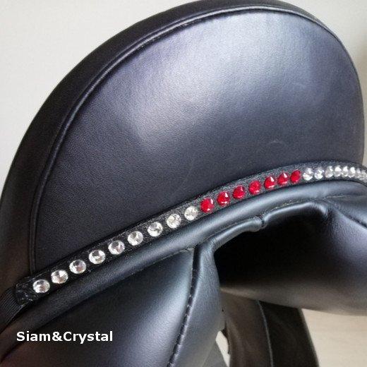 Saddle Jewel - Light Siam