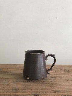 ヨシノヒトシ 黒褐釉マグカップ