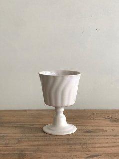 ヨシノヒトシ 白瓷高台杯