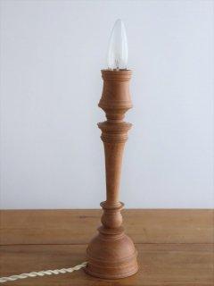 中村秀利 木製の照明1