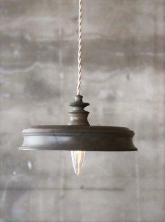 中村秀利 木製の照明 B