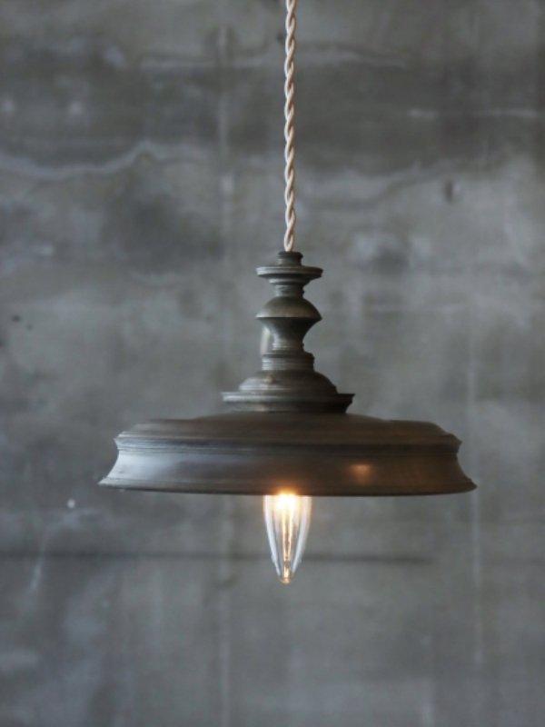 中村秀利 木製の照明 C