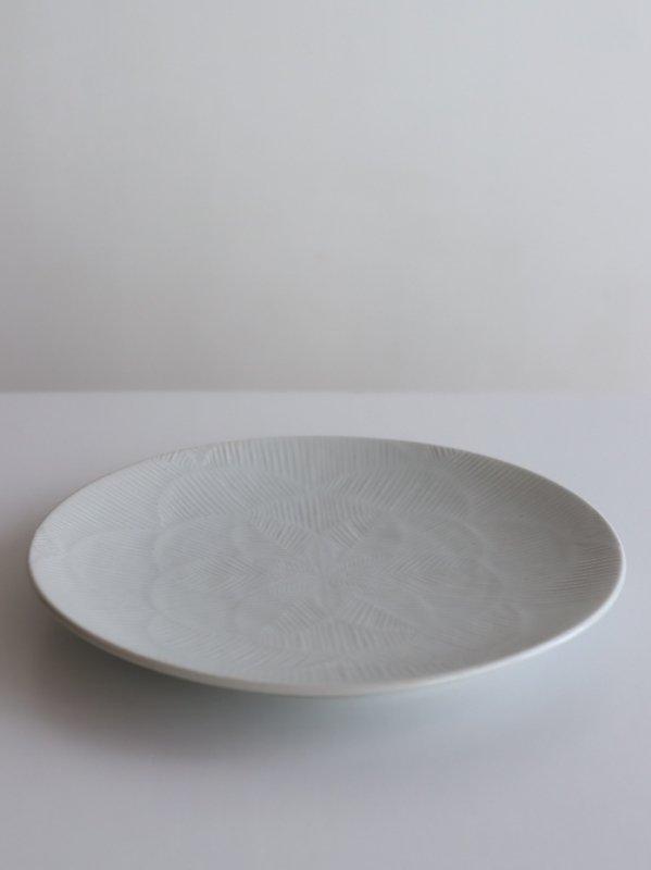 阿南維也 白磁鎬文7寸皿