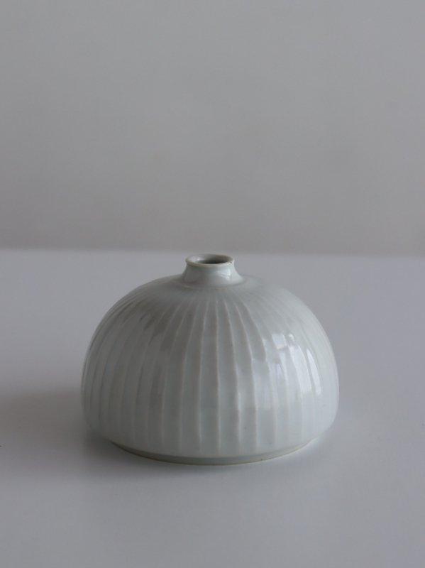 阿南維也 白磁鎬花瓶 C
