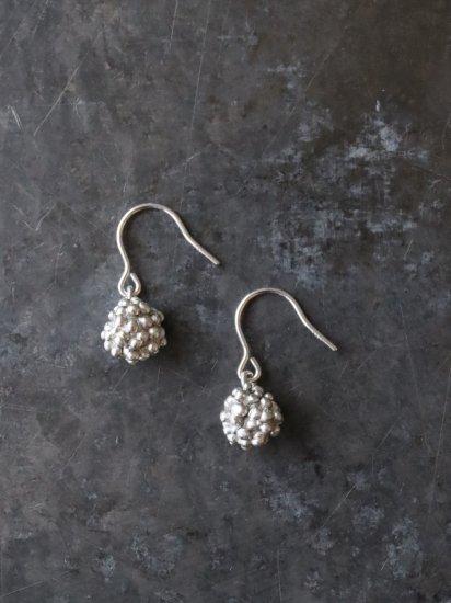 indigo-silver WORKS SV つぶつぶボール揺れるピアス