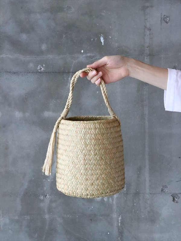タイのワンハンドルバッグ