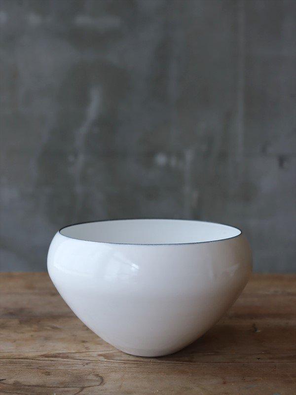 琺瑯ボウル 鉄鉢型