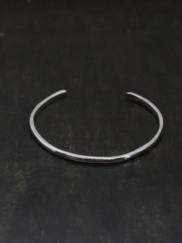 accessories mau  細 silver bangle