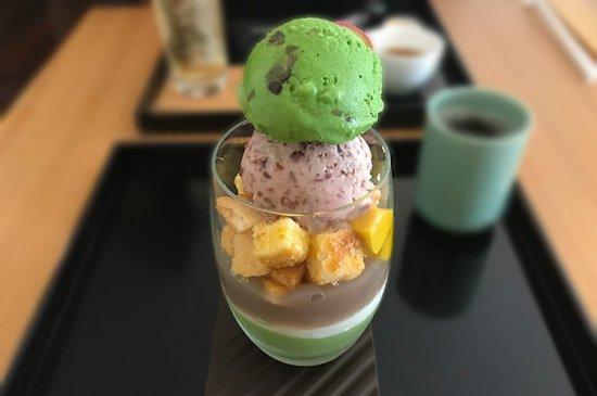 ご当地アイスの仕入れで京都へ ( 祇園辻利)