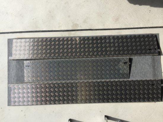 DA16T用キャリイ標準車 荷台あおりカバー内板一体式 アルミ縞板 (3辺セット)【画像2】