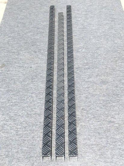 スーパーキャリイ DA16T用 あおりアルミ縞板カバー (3辺セット)【画像2】