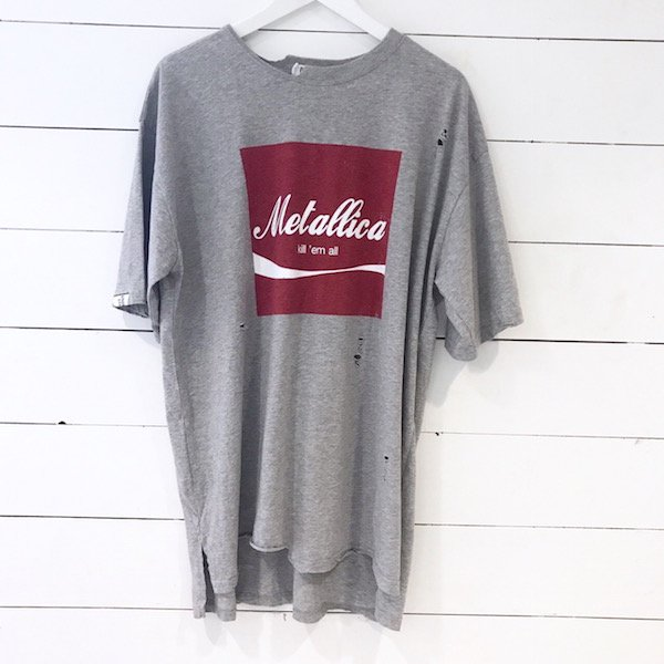 metallica long T-shirt