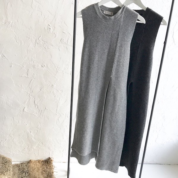no sleeve open knit one-piece