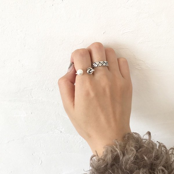 pearl combi knot ring