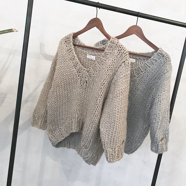 sheer handmade V knit