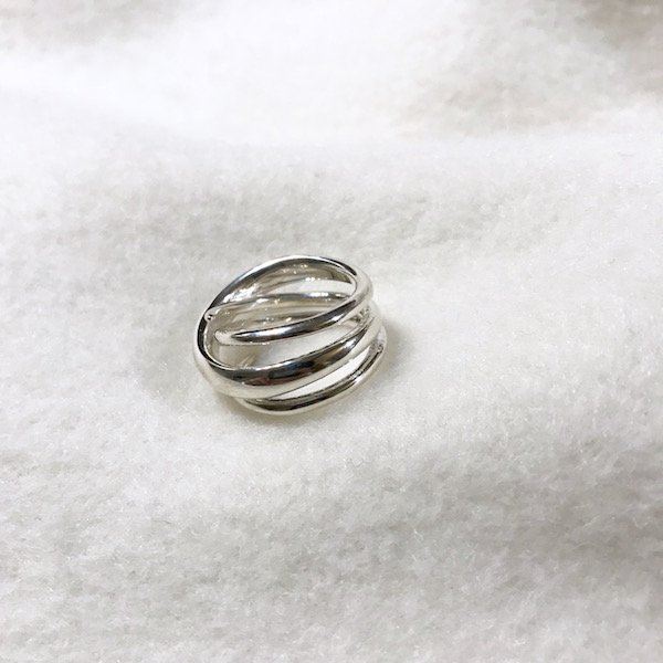 meteor cross ring