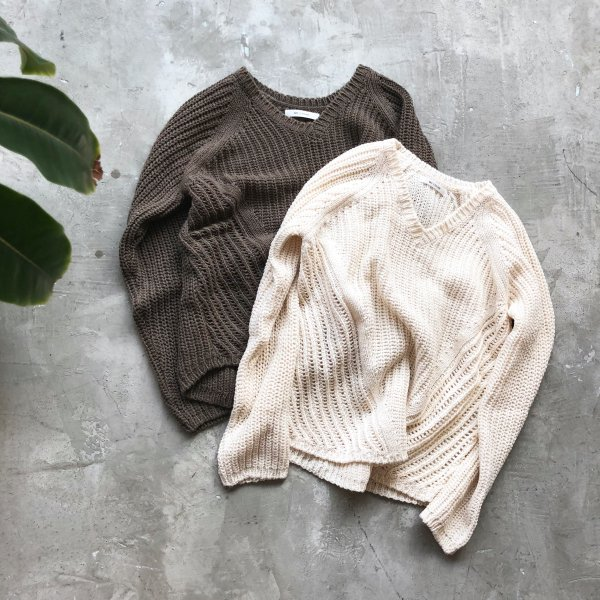 light earth summer knit