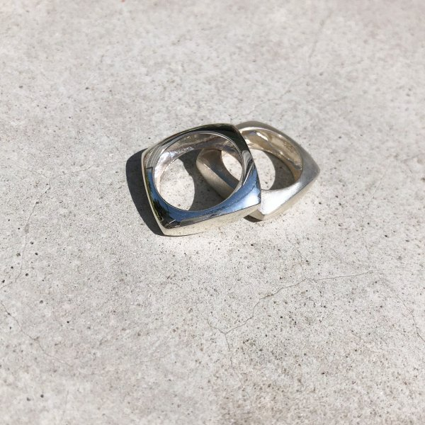 square & whole ring
