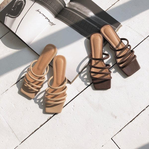 four leather sandal