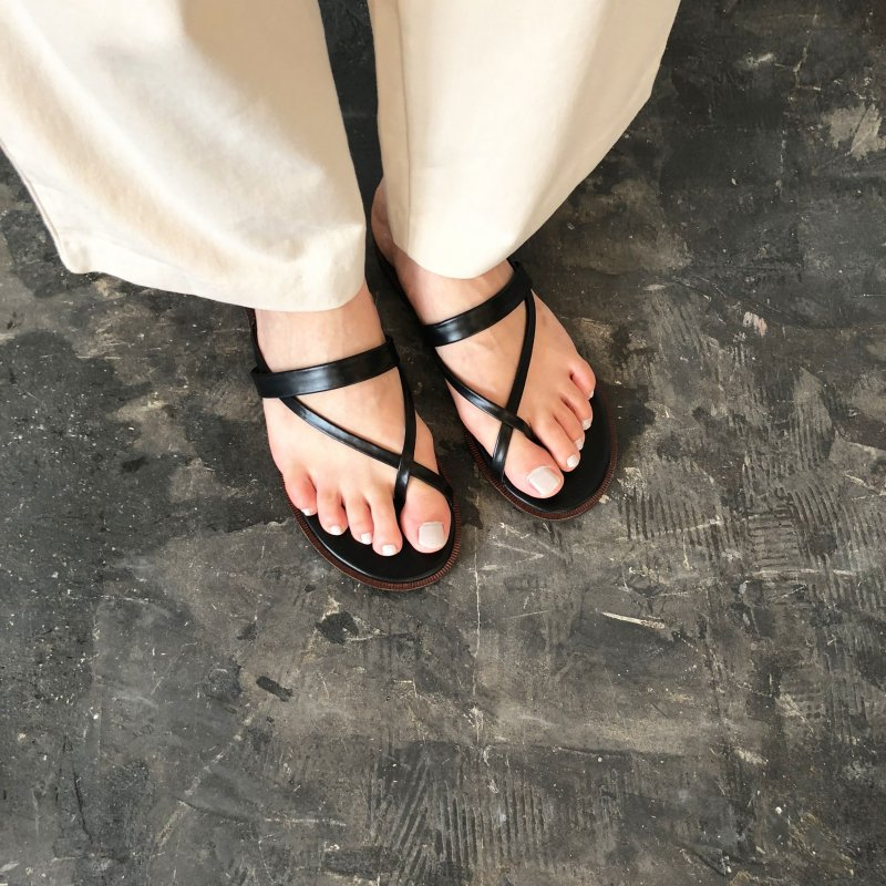 ankle mark cloth sandal