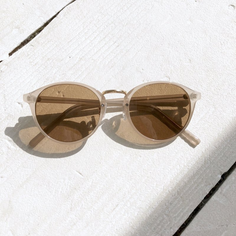 dull smoky clear sunglasses