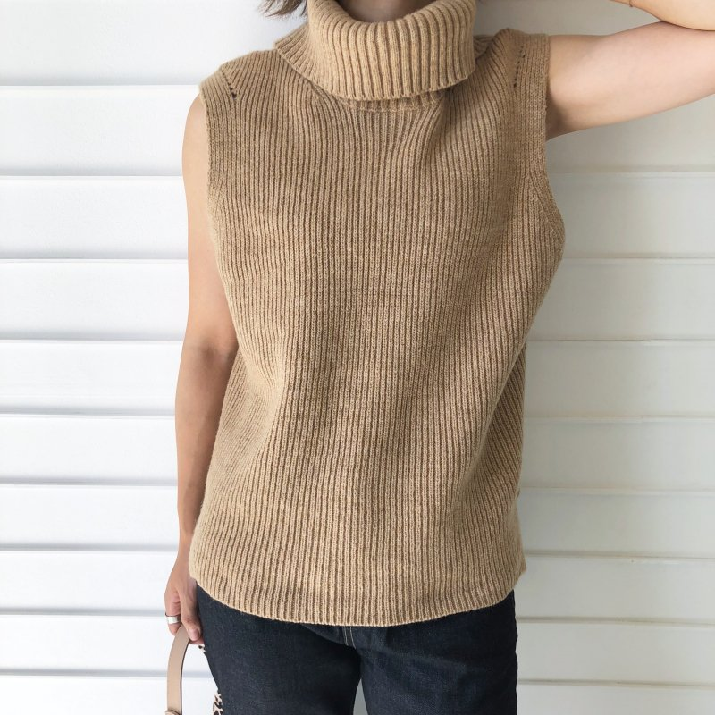 neck back open turtle knit