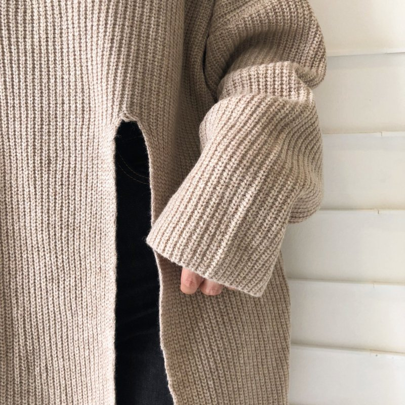 incision middle knit