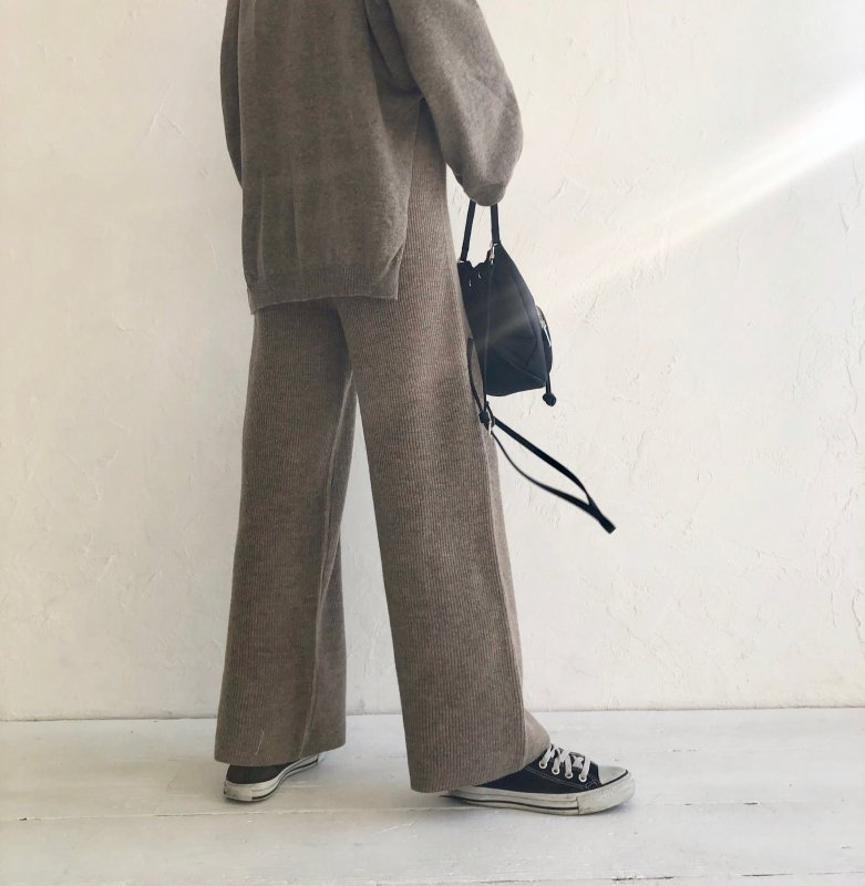 mildly knit wool w/pants