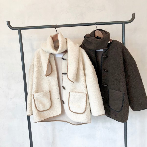 bordering boa muffler SET coat