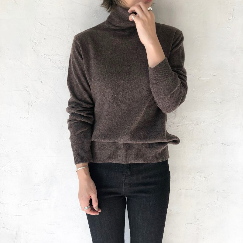 earth color mild turtle knit