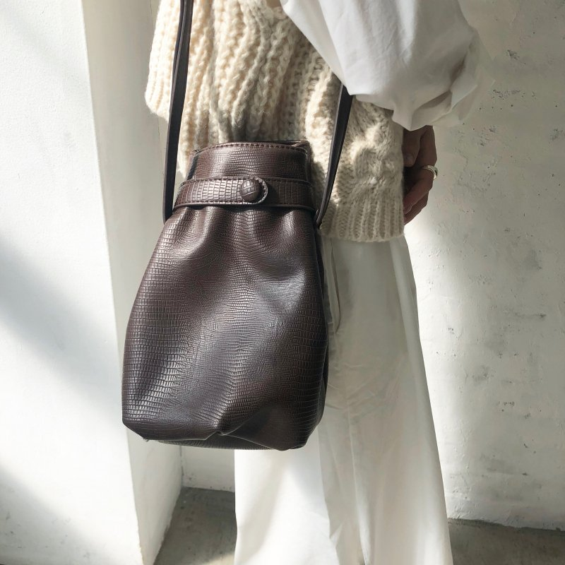 roundness purse croco BAG