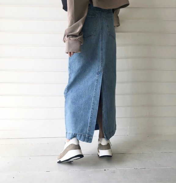 calm design denim long SK