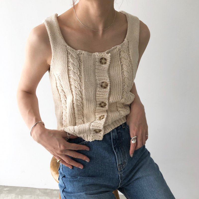 new artless cable knit tank