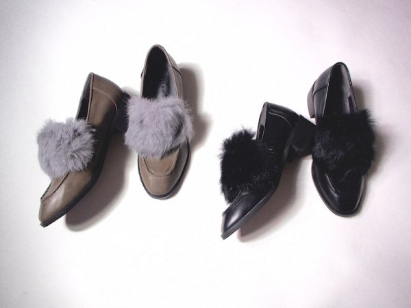 point fur flat shoes