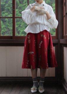 果実花刺繍 スカート
