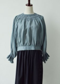 Hand smocking blouse