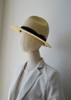 PEDDLER'S HAT