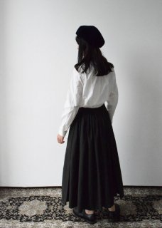 BACK GATHER SKIRT