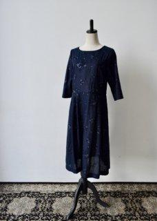 野小花刺繍のワンピースドレス